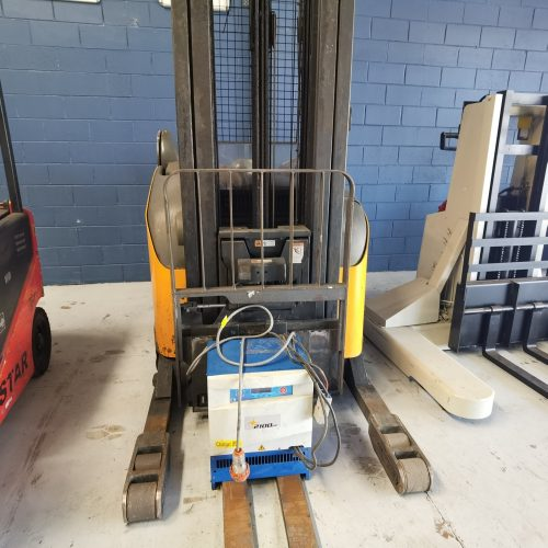 Crown RR5285S-45 Electric Reach Truck Front
